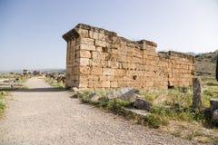 Hierapolis, Τουρκία Καταστροφές στην αρχαιολογική ζώνη της νεκρόπολη Στοκ εικόνα με δικαίωμα ελεύθερης χρήσης