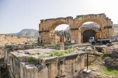 Hierapolis, Τουρκία Καταστροφές των βόρειων λουτρών, ΙΙ ΑΓΓΕΛΙΑ αιώνα Στοκ Εικόνες