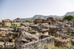 Hierapolis, Τουρκία Sarcophagi και τάφοι στην παλαιά νεκρόπολη Στοκ φωτογραφία με δικαίωμα ελεύθερης χρήσης