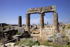 Hierapolis, Турция Старые усыпальницы в некрополе II до столетие XIX стоковые изображения rf
