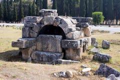Hierapolis, Турция Старые усыпальницы в некрополе II до столетие XIX стоковое изображение