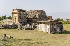 Hierapolis, die Türkei Alte Gräber im Friedhof Lizenzfreie Stockbilder