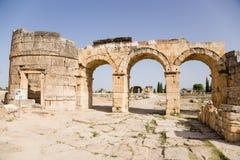 Hierapolis Turkiet Domitian Gate 86-87 år ANNONS Royaltyfri Bild
