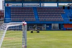 Hierba de la restauración en un estadio de fútbol Fotografía de archivo