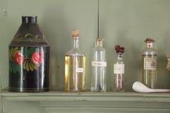 Hierbas en un estante Fotografía de archivo