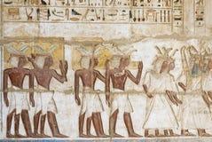 Hieroglifu kolor w świątyni przy medinat habu, Egipt Zdjęcie Royalty Free