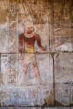 Hieroglyphen und Zeichnungen im Tempel von Hatshepsut stockbilder