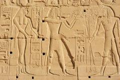 Hieroglyphvägg royaltyfri fotografi