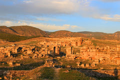 Ηλιοβασίλεμα σε Hieropolis, Τουρκία Στοκ φωτογραφία με δικαίωμα ελεύθερης χρήσης