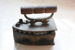 Hierro antiguo en luz del día Imágenes de archivo libres de regalías