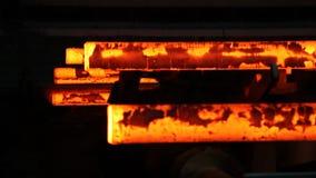Hierro fundido en fábrica de la acería metrajes