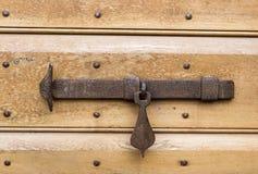 Hierro labrado del cierre viejo, artesano Foto de archivo