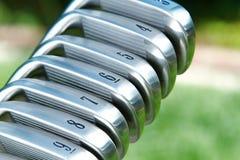 Hierros del golf Imagenes de archivo