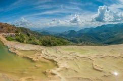 Hierve el Agua, naturalne rockowe formacje w Meksykańskim stanie Obrazy Royalty Free