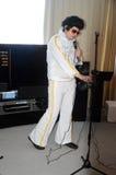 HiF&HiEnd show Moskva 2015 Elvis Presley Royaltyfria Bilder