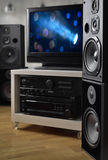 Hifisysteem, sprekers en TV voor de controle van videoproductie Stock Foto