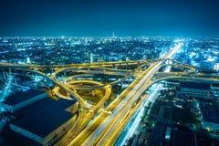 Higashi大阪从Higashi大阪霍尔观察大厅的夜视图在Higashi大阪,日本 免版税库存图片