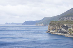 High cliffs at southern ocean coast Tasmania Royalty Free Stock Images