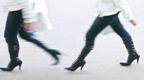 1 2. Womans legs in blurry panning Royalty Free Stock Images