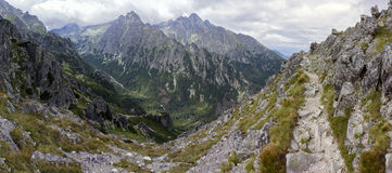 High mountain path with spectacular mountain panorama Stock Images