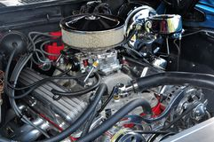 High Powered 350 Engine. Image showing 350 engine modified with all the horsepower goodies Royalty Free Stock Images