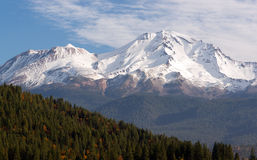 HIgh Ridge Snow Covered Mountain Cascade Range Mt Shasta royalty free stock image