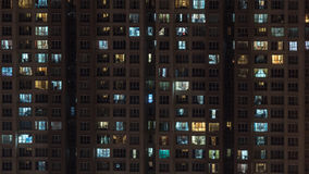 High-rise apartment block at night Royalty Free Stock Photos