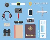 High-Teches Reisegerät und -gegenstand auf Blau für Reisekonzept lizenzfreie abbildung