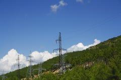 High-voltage kraftledning Fotografering för Bildbyråer