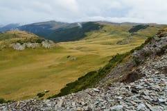 Highland, Mountainous Landforms, Ridge, Mountain