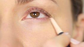 Highlighter makeup dla oczu i oko kątów zbiory wideo