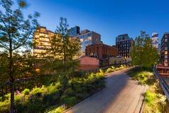 Highline на сумерк, Челси, Манхаттан, Нью-Йорк Стоковые Изображения
