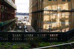 Highline da tarde da rua e da construção Imagens de Stock Royalty Free