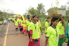 College Student Volunteers Promote Tree Plantation Highly Motivated Tribal Students Of A Indian Village College