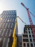 Highrise bureaugebouwen in aanbouw stock foto's
