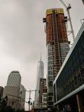 Highrise under konstruktionssöder av en World Trade Center som är nya Arkivfoton