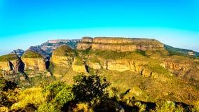 Highveld с 3 Rondavels из каньона реки Blyde вдоль трассы панорамы Стоковая Фотография RF