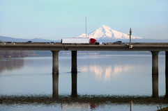 Highway I-205 bridge, Oregon. Royalty Free Stock Photos