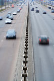Highway motion cars vert Stock Images