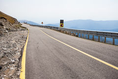 Highway mountain road, serpentine Royalty Free Stock Photos