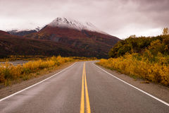 Highway Passes Through Changing Colors Alaska Mountains Autumn S Stock Images