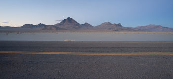 Highway Passes Great Bonneville Salt Flats Silver Island Mountai Royalty Free Stock Photos