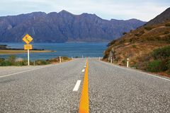 Highway road lake Hawea Royalty Free Stock Photography