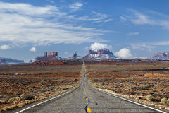 Highway to Monument Valley, Utah Royalty Free Stock Images