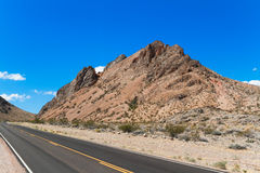 Highway in Valley of Fire Royalty Free Stock Photos