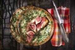Higos y jamón del pan Foto de archivo