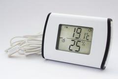 Higrómetro electrónico del termómetro fotografía de archivo libre de regalías