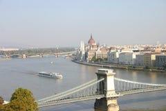 Hij is een panorama van Boedapest. Royalty-vrije Stock Afbeeldingen