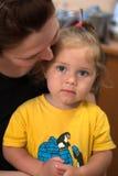 Hija con la mama Foto de archivo libre de regalías