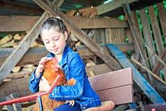 Hija de los granjeros Imagen de archivo libre de regalías